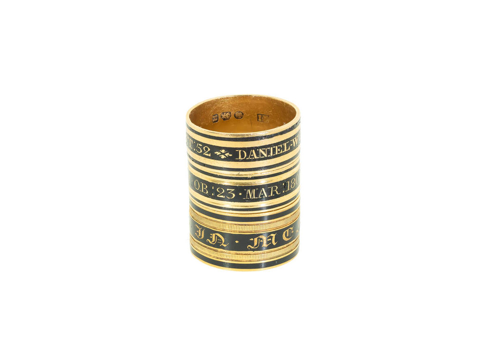 antique black enamel and 18ct gold mourning rings, antique memorial rings