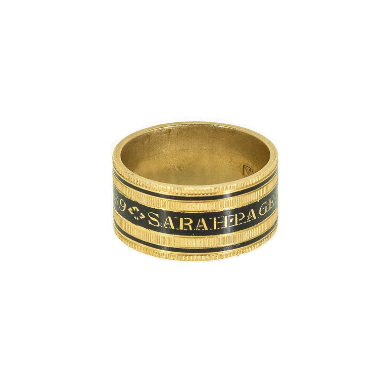 Georgian mourning ring in black and gold