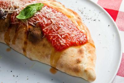 Homemade Calzones: Classic Italian Pizza Pockets