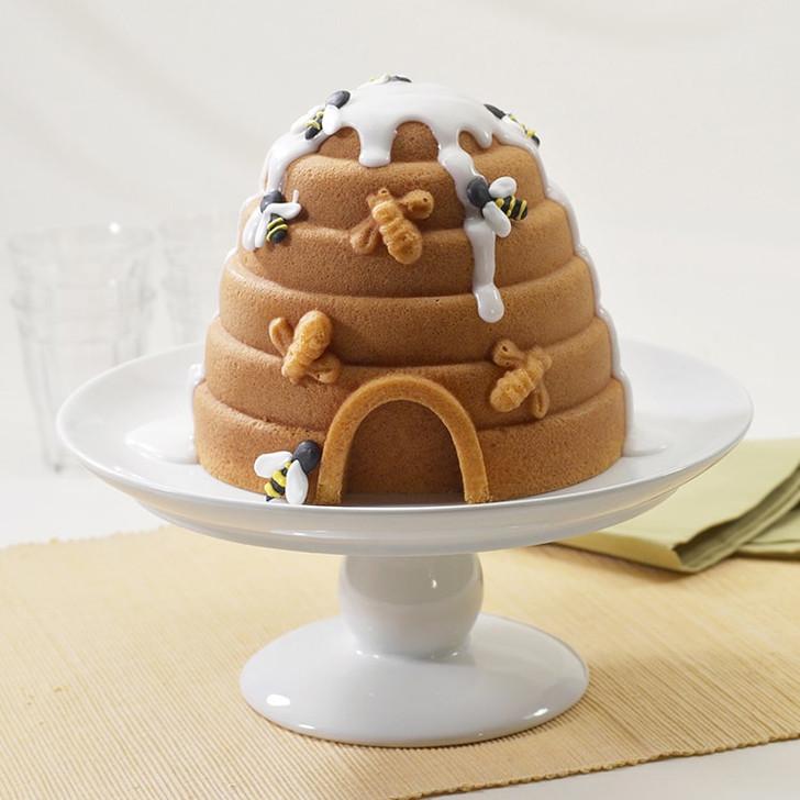 Nordic Ware Beehive Cake Pan