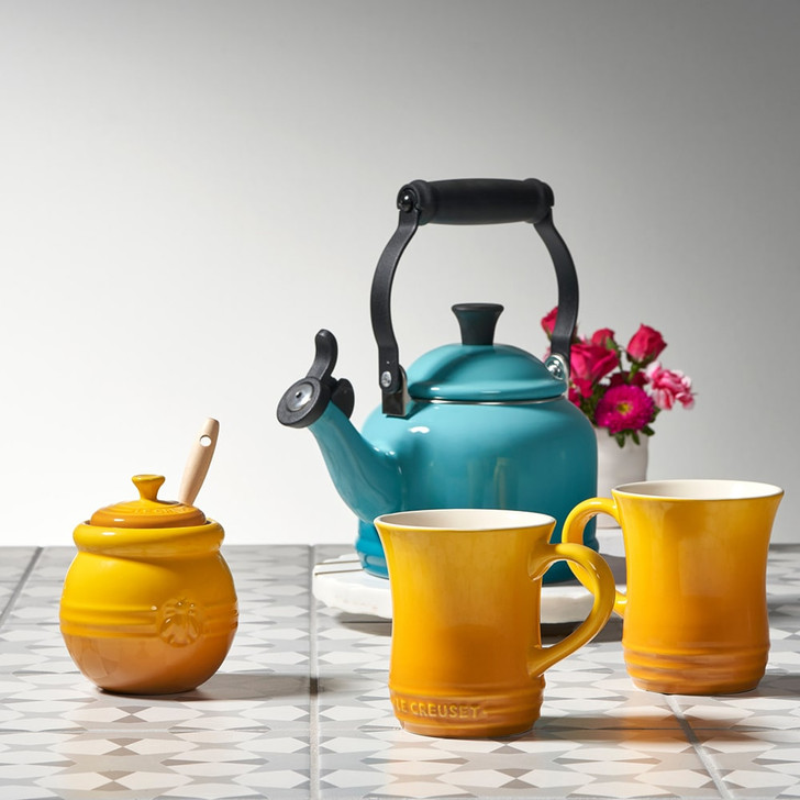 Le Creuset Honey Pot With Silicone Dipper