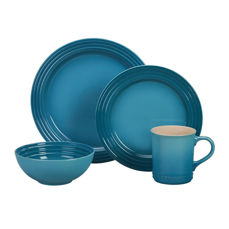 Le Creuset 16-Piece Dinnerware Set in Caribbean