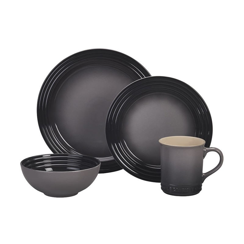 Le Creuset 16-Piece Dinnerware Set in Oyster