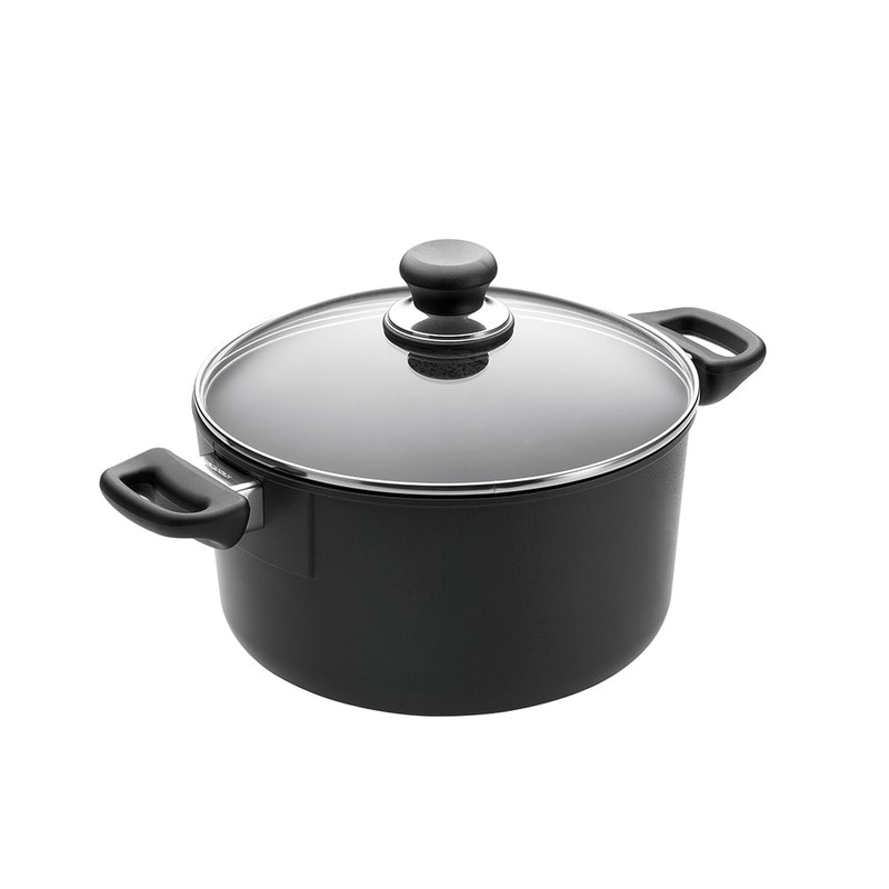 Scanpan Classic 5.25-Quart Dutch Oven