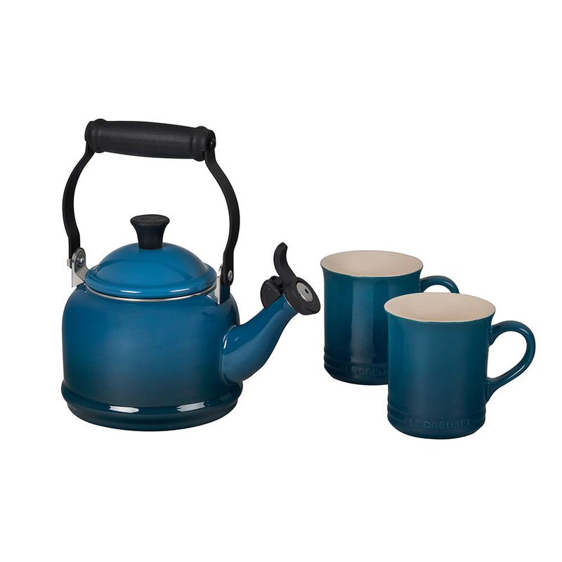 Le Creuset Demi Kettle and Mugs Set in Deep Teal
