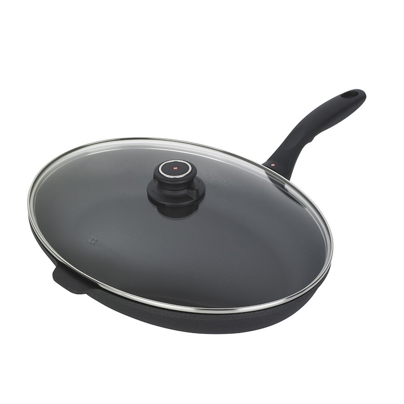 Swiss Diamond XD Nonstick Oval Fish Pan