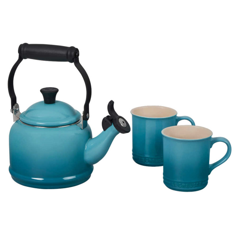 Le Creuset Demi Kettle and Mugs Set in Caribbean