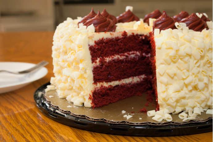 Red Velvet Cake: Decades of Decadence