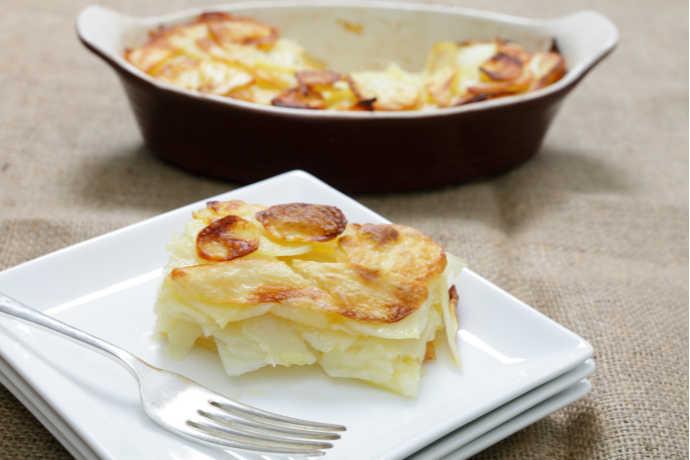 Creamy, Cheesy Scalloped Potatoes