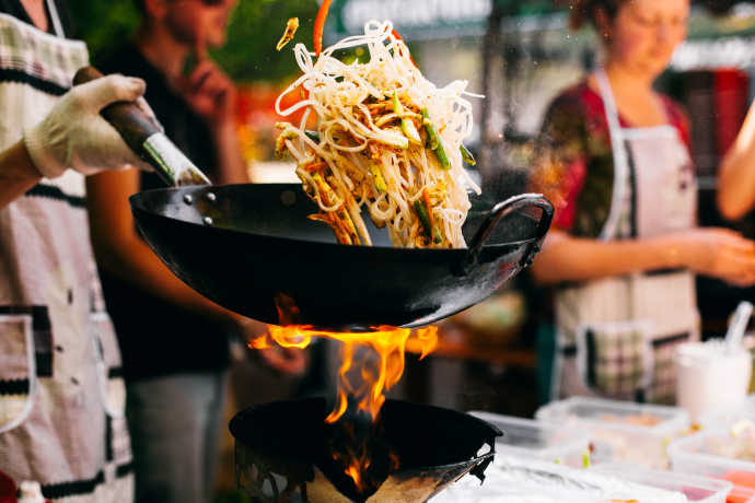What to Cook in a Wok