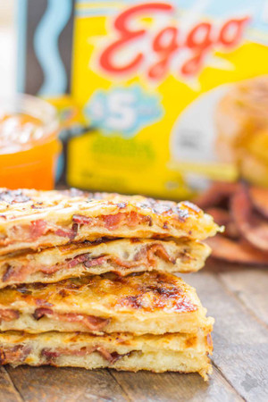 BACON, HAVARTI AND PEACH WAFFLEWICHES