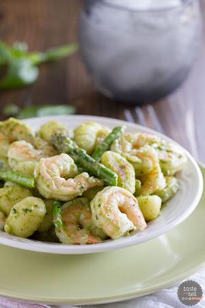 Gnocchi with Pesto, Shrimp and Asparagus