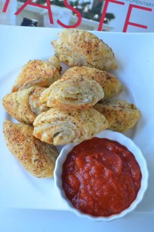Baked Garlic Parmesan Puffs