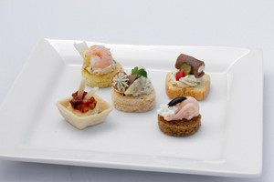Cold Canapés Assortment - 50 pieces per tray