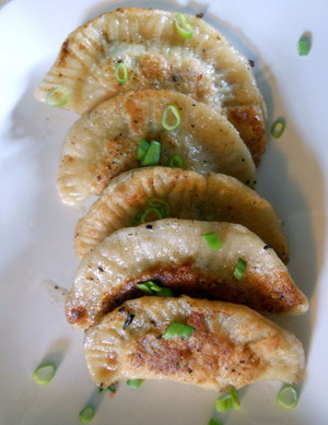 BRAISED SHORT RIB PIEROGI - 45 pieces per tray