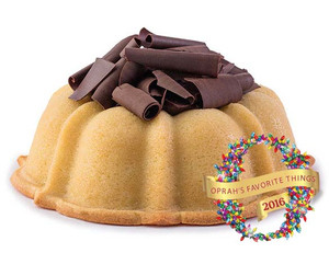 Saucy Jane - A Vanilla, Chocolate-Sauce-Filled Pound Cake to Please Chocolate and Vanilla Fans Alike