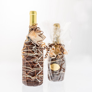Chocolate Dipped Covered Champagne Bottle - Veuve Cliquot Rose Champagne