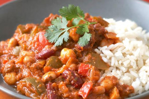 Family Style Vegan Chili with Rice - 2 Quarts
