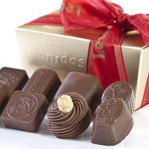 Leonidas Assortment - Milk Chocolate 1 lb Ballotin Box