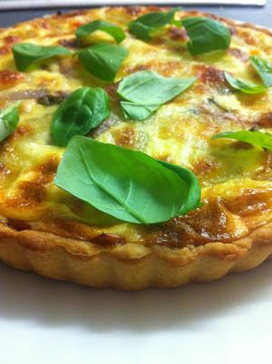 Tomato, Mozzarella & Basil Individual Quiche - includes 24