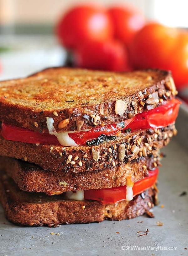MOZZARELLA BASIL TOMATO SANDWICH