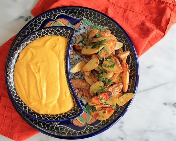Cucina & Amore Huancaina Veggie Sauce, 7.9 Oz. Case Of 6