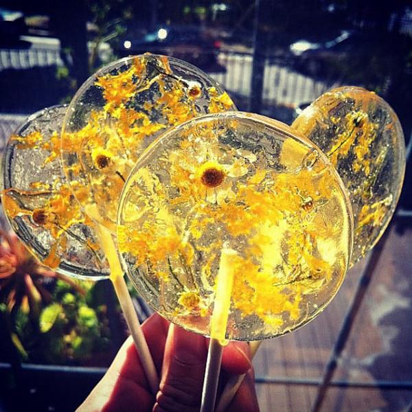 Sparkling Orange, Chamomile Tea Lollipops with Orange Zest - 3 Included
