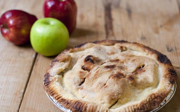 "Harvest Apple Pie - 9"""