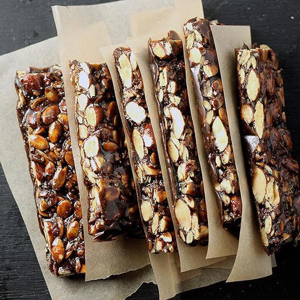 PRIMAL KITCHEN CHOCOLATE HAZELNUT BARS (12 PACK)