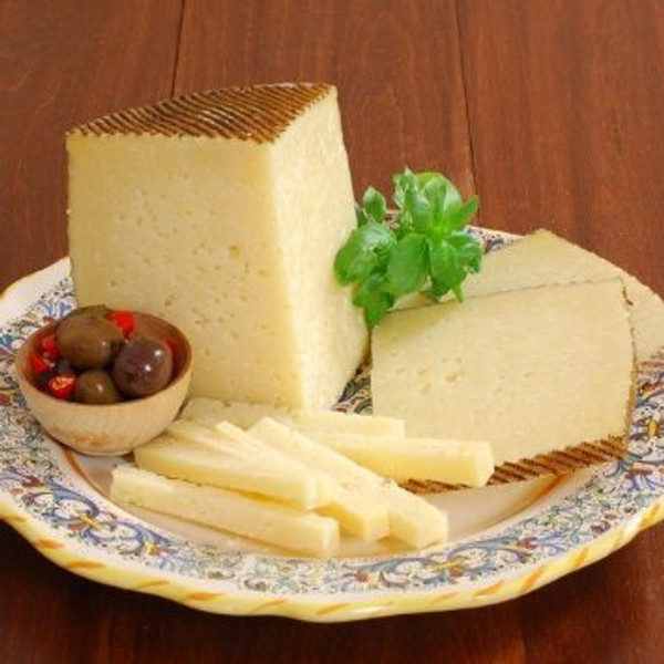 Manchego Cheese - Aged 6 Months - 1 lb