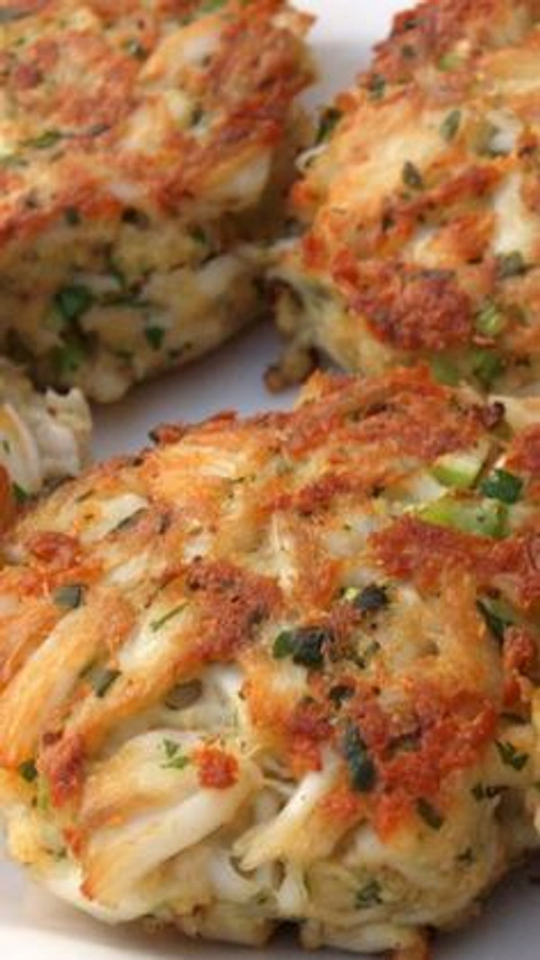 Jumbo Maryland Crabcakes - 4 of 8 oz. each