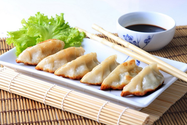 Teriyaki Chicken Potstickers / Dumplings - 35 pieces per tray
