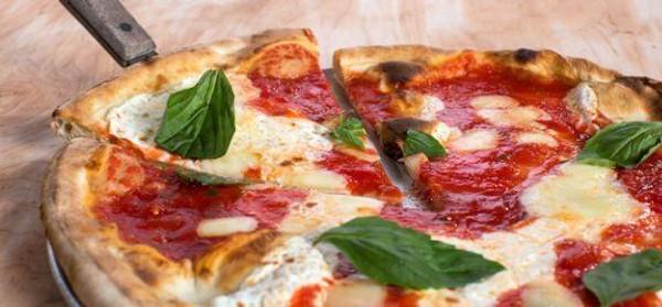 Coal Oven Margherita Pizza - 6 Pies