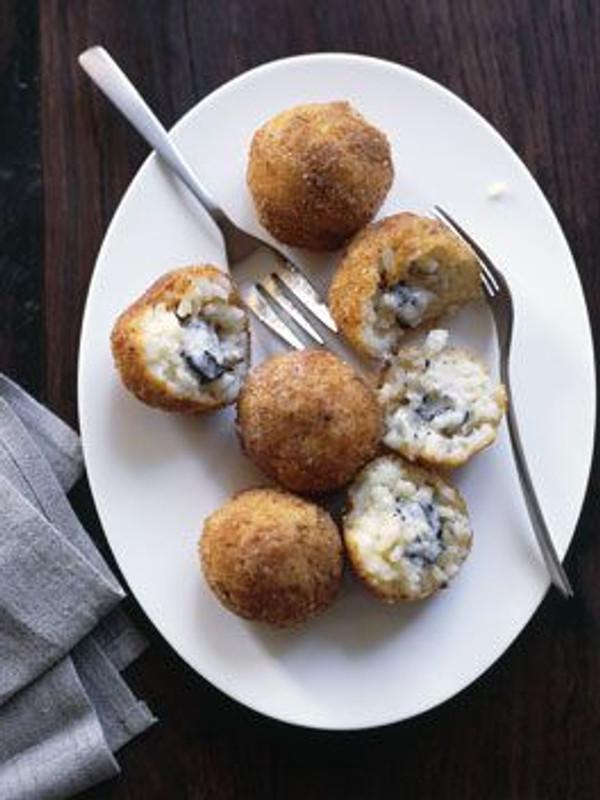 Wild Mushroom & Black Truffle Arancini - 50 pieces per tray
