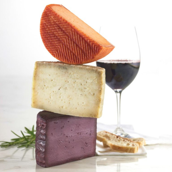 Buenalba Cheese with Wine - 1 lb.