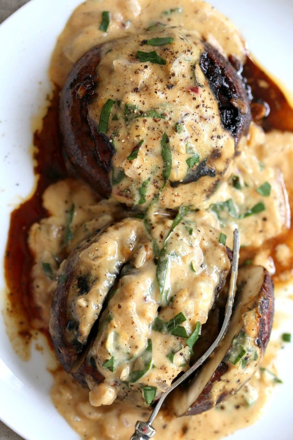 Grilled Portobello Mushrooms with Garlic Sauce