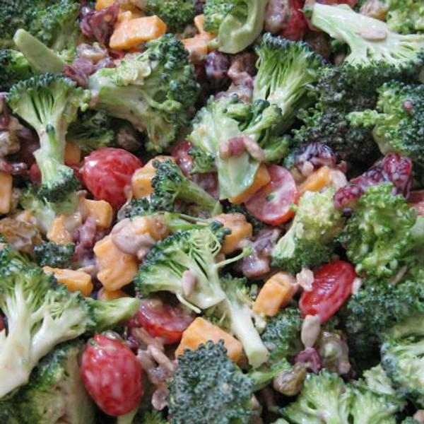 Skinny Broccoli Salad - so delicious!