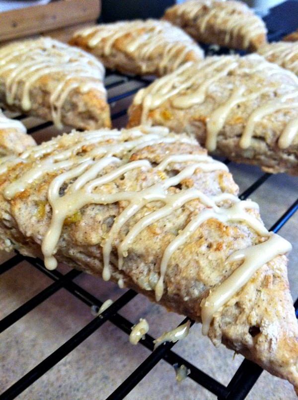 Banana Bread Scones - 1 Dozen