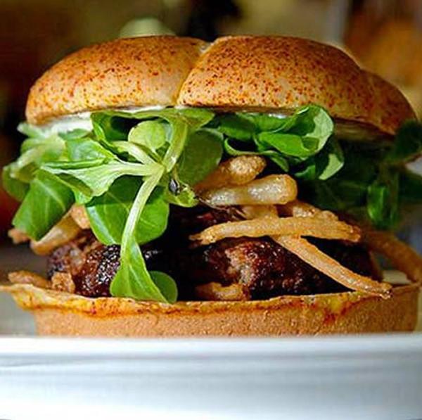 Wagyu Beef Burgers - 16 burgers 10 oz each