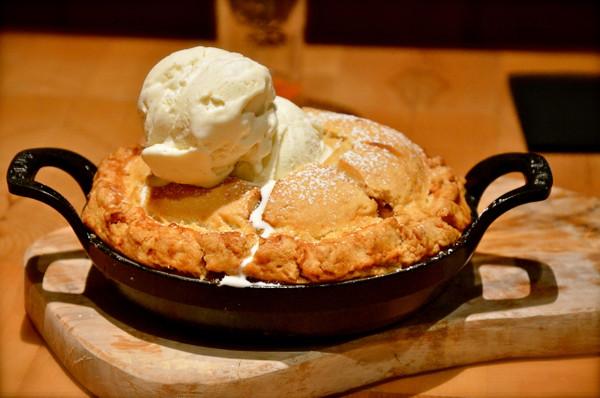 Apple Pie Moonshine Ice Cream - 1 Pint - 6 Pack