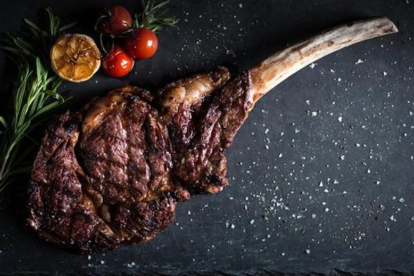 Australian Wagyu Beef Tomahawk Steaks, 2 pieces, 32 oz ea