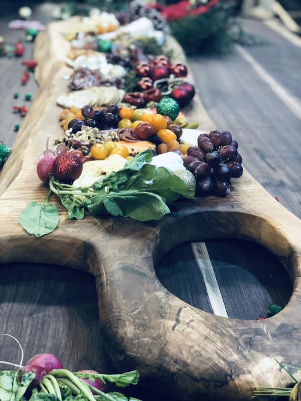 Large Charcuterie Board Solid Walnut Live-Edge Cutting Board - custom styles available