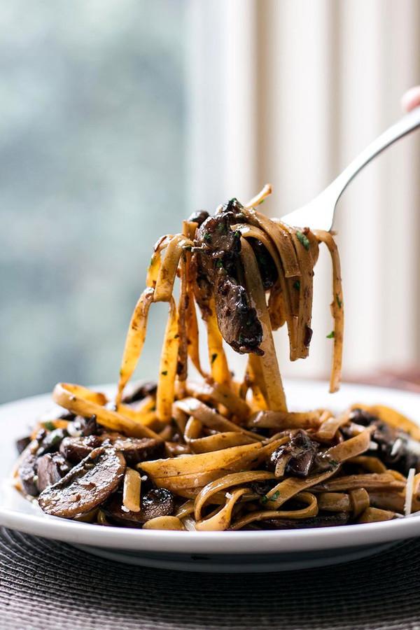 Balsamic Mushroom Fettuccine Pasta