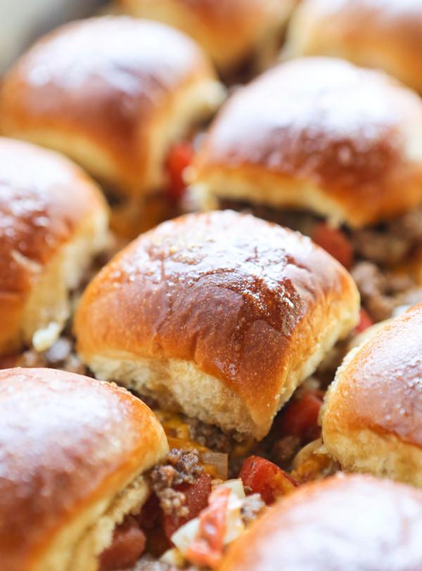 Baked Cheesy Beef Sliders