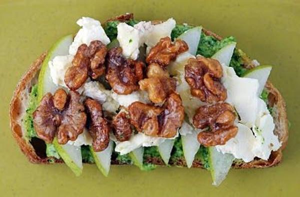 Anjou Pear, Caramelized Walnuts and Arugula Pesto Mayo Panini