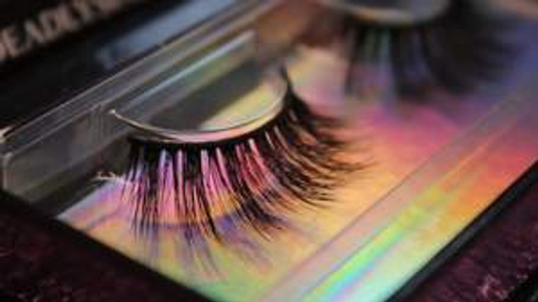 LUXE LASHES | UNHOLY