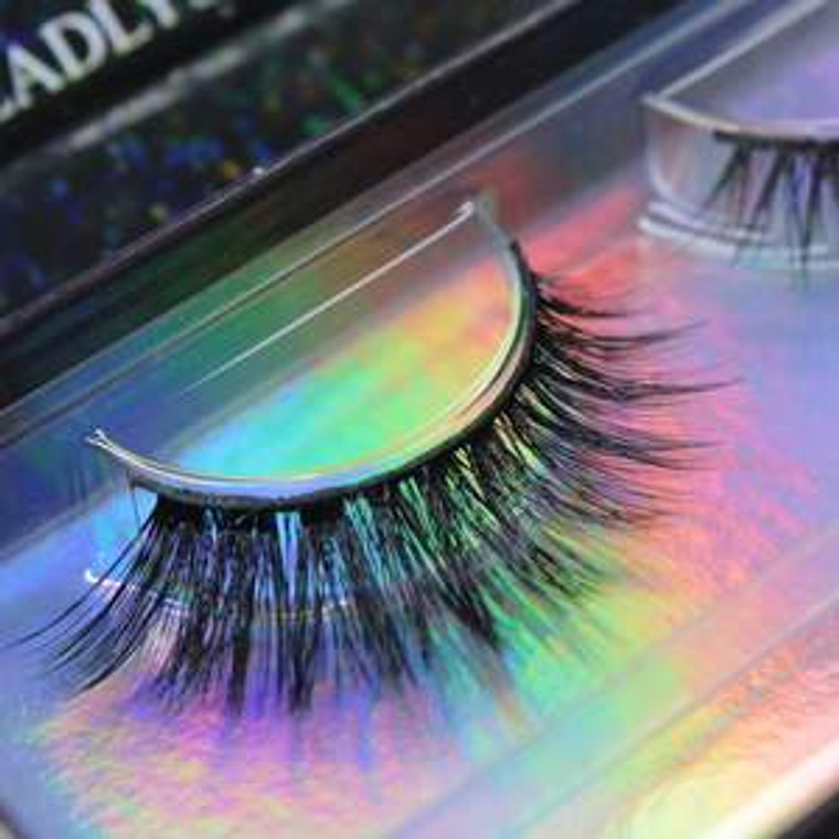 LUXE LASHES   WICKED