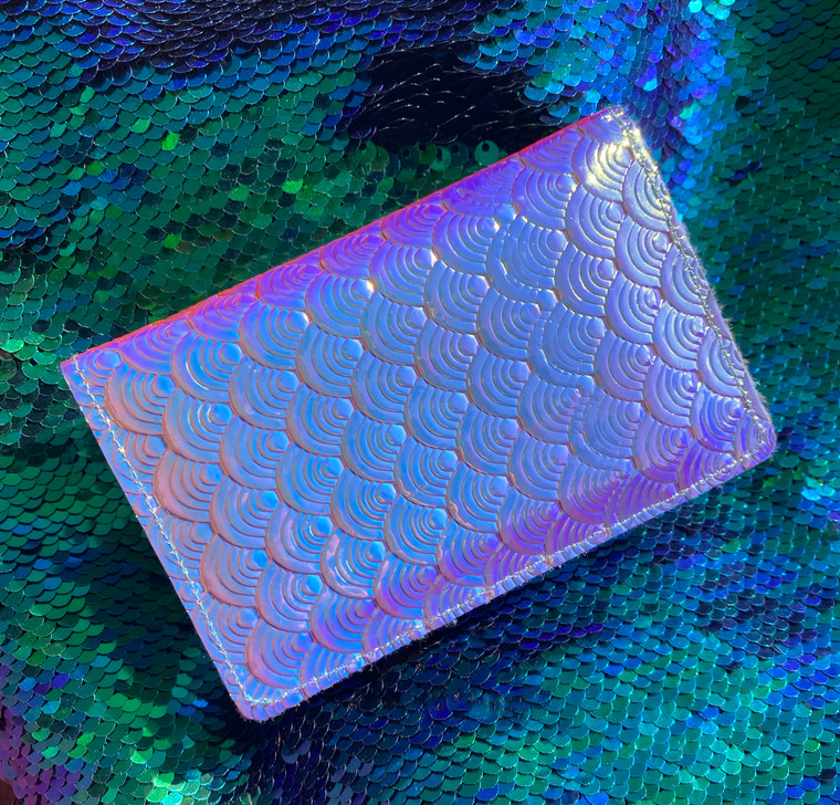 Mermaid Scale Card Holder (Color Shift)