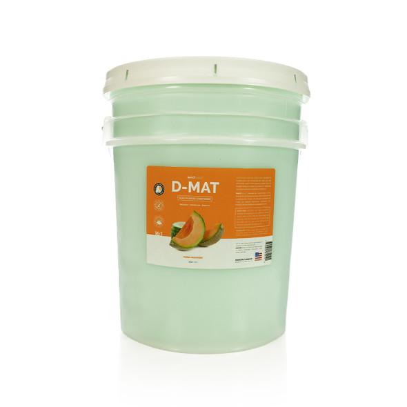 Bark2Basics D-Mat Dog Conditioner, 5 Gallon Pail