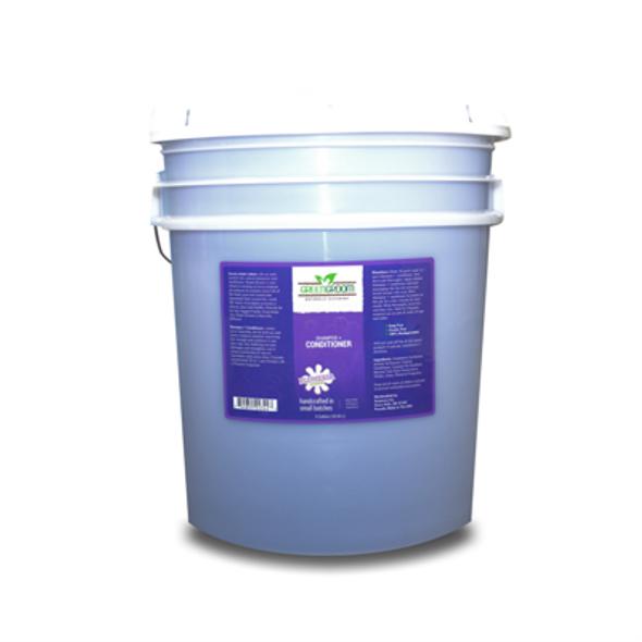Green Groom Shampoo + Conditioner, 5 Gallon Pail